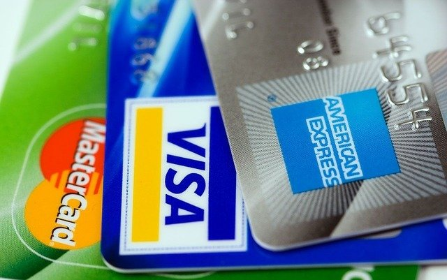 Do credit cards cover car rental insurance?