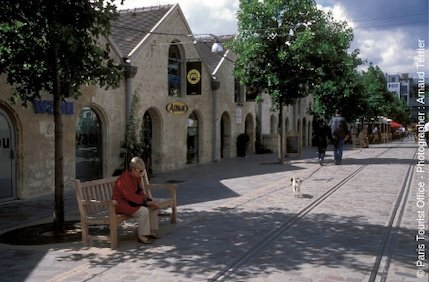Bercy Village, Cour Saint-Emilion - Paris