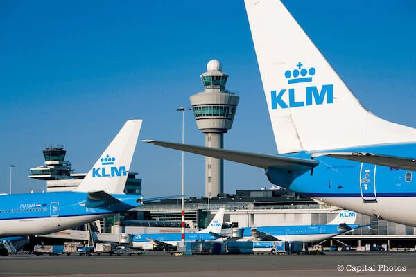 Schiphol Airport Amsterdam (AMS)
